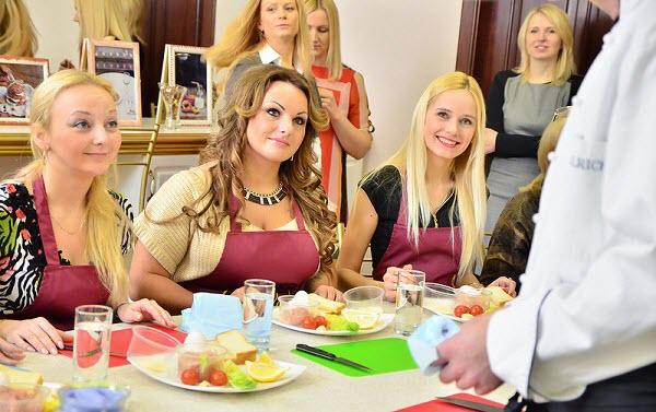 Участницы проекта «Леди Босс-2013». Фото с сайта oede.by