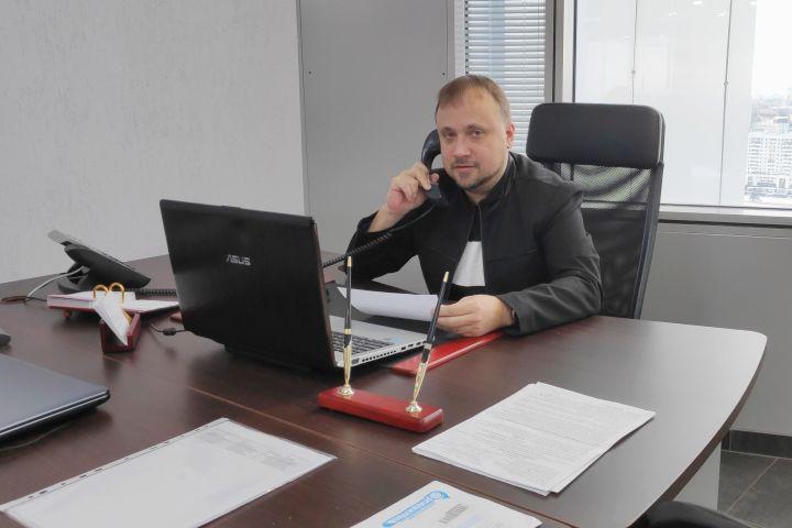 На фото: Велемир Залетнев