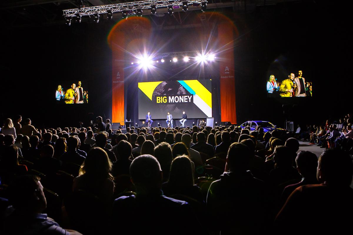 ФОТО: Пакет на все конференции и форумы «Про бизнес» по самой сочной цене снова в продаже!
