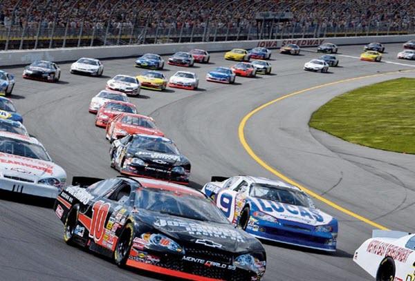 Фото с сайта racecenter.hu