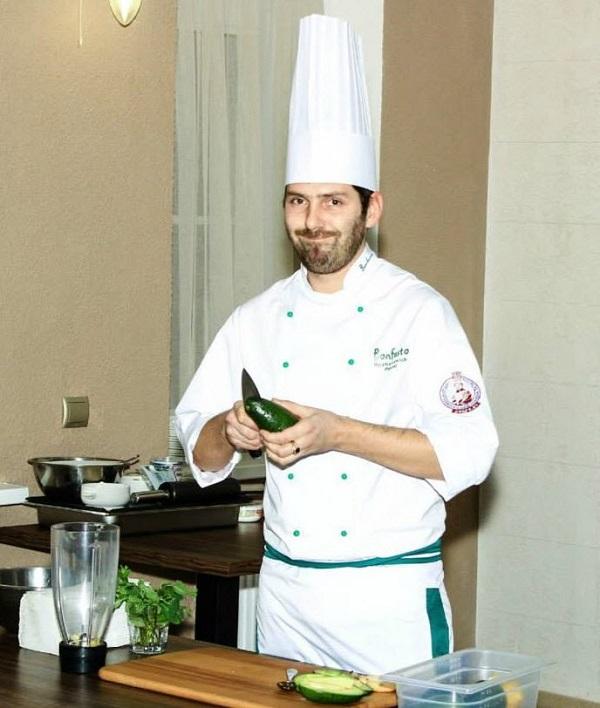Павел Рыжанович, шеф-повар Bonfesto. Фото со страницы Туровского молочного комбината на Фейсбуке