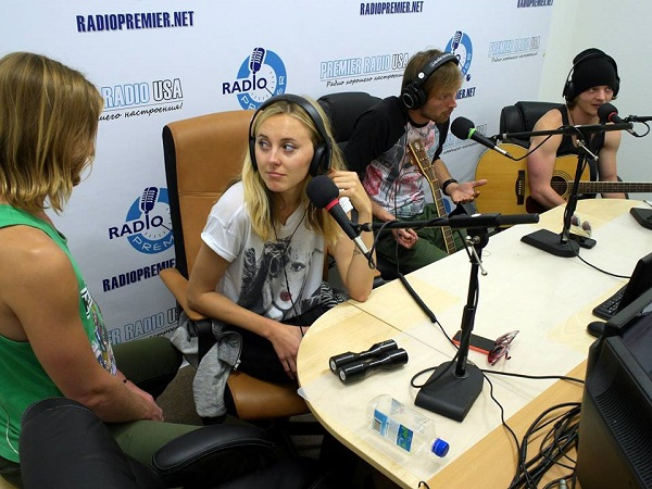 Радиоэфир группы. Фото с сайта radiopremier.net