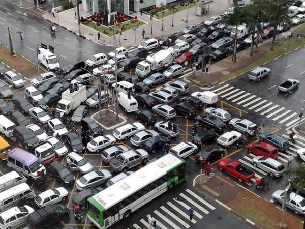 Фото с сайта taxi-spb.su