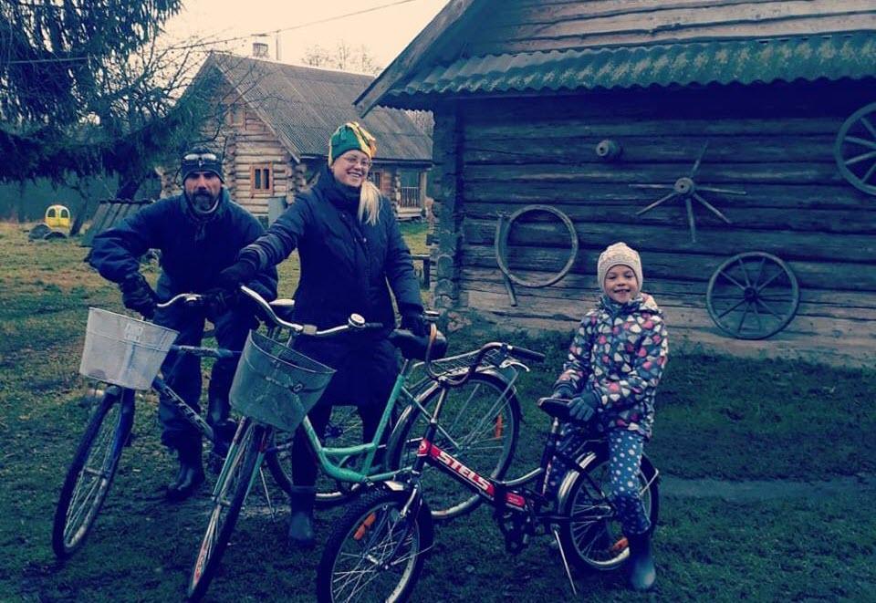 Андрей Абрамов с семьей. Фото из личного архива