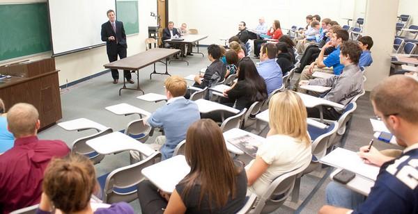 Фото с сайта indstate.edu