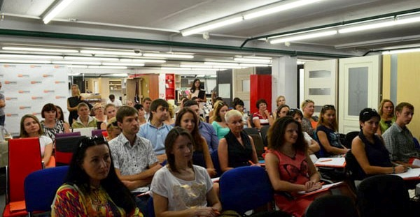 Партнерская конференция, август 2014 г. Фото с сайта mebelminsk.by