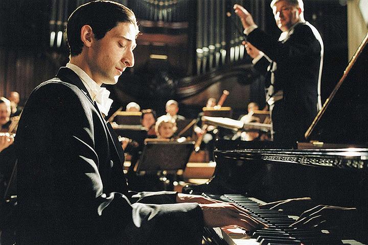 "Кадр из кинофильма ""Пианист"""