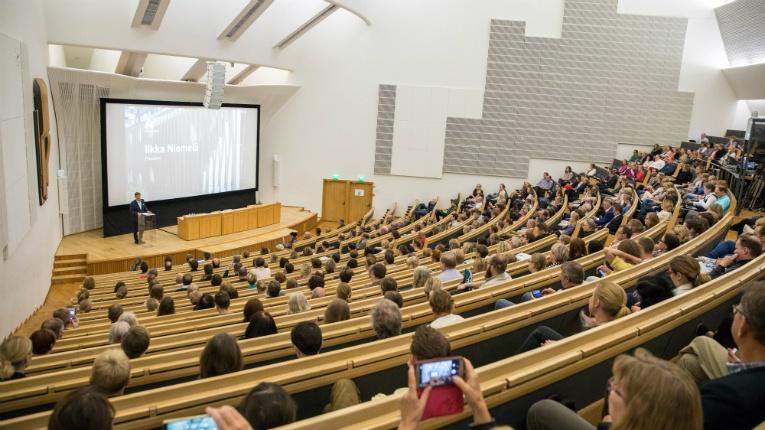 Университет Аалто. Фото с сайта goodnewsfinland.com