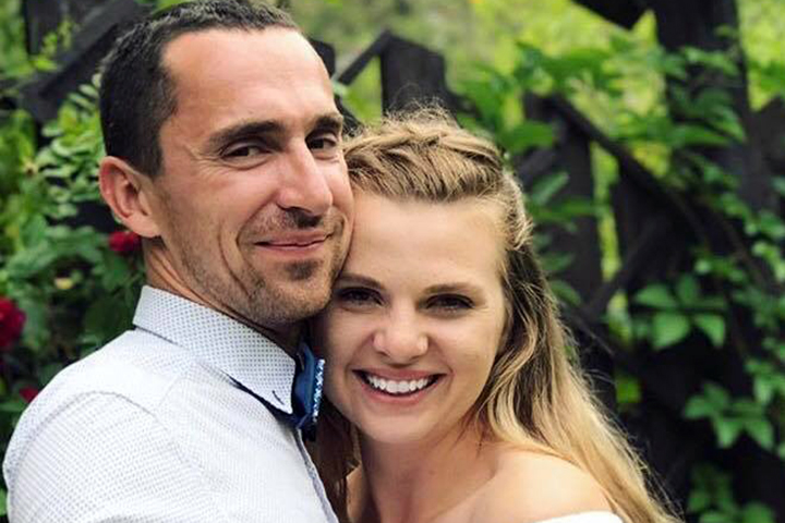 Елена Изобова с мужем. Фото предоставлено автором