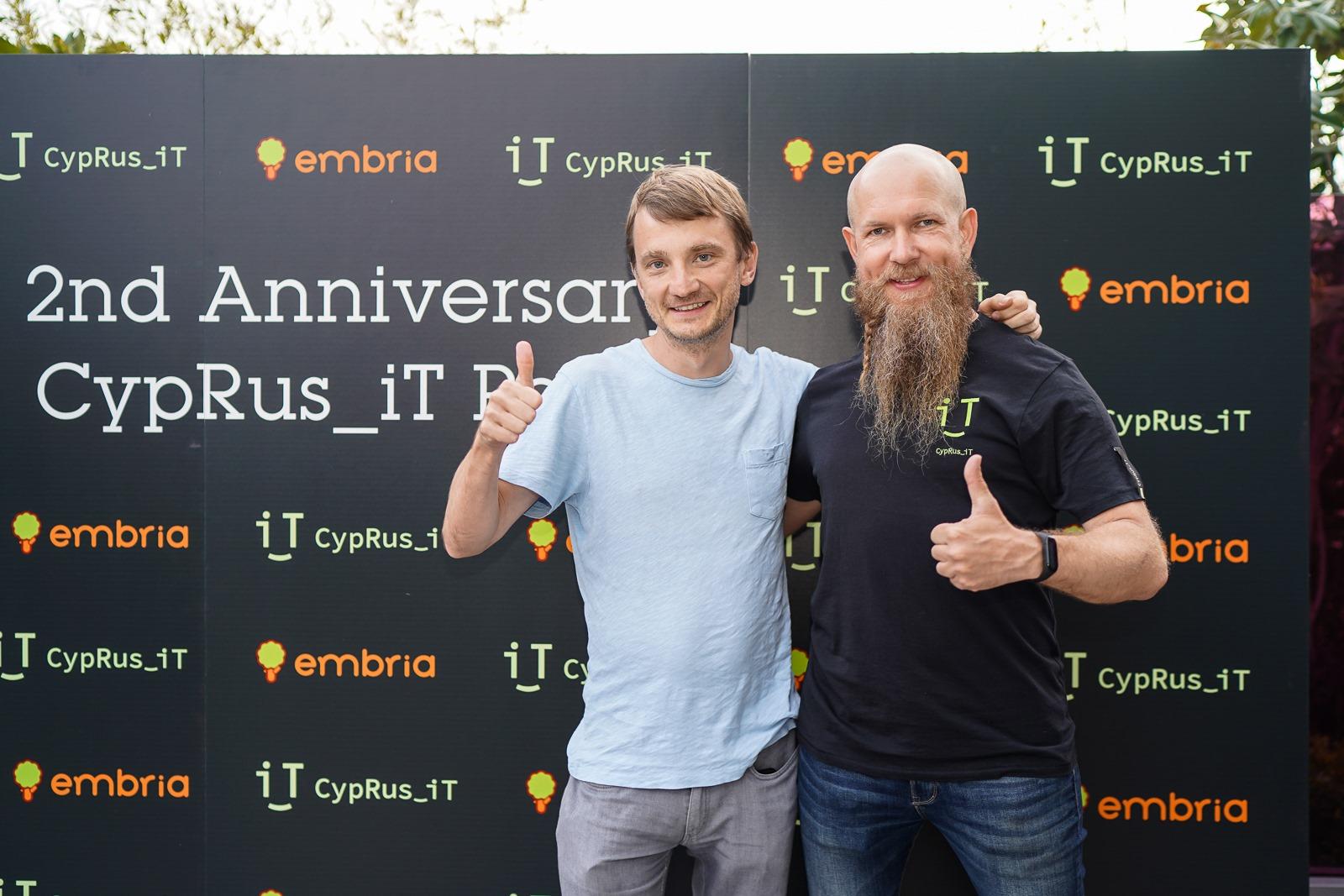 Игорь Монахов с Олегом Решетниковым, в прошлом CMO Connect Club. Фото со страницы Игоря в Facebook